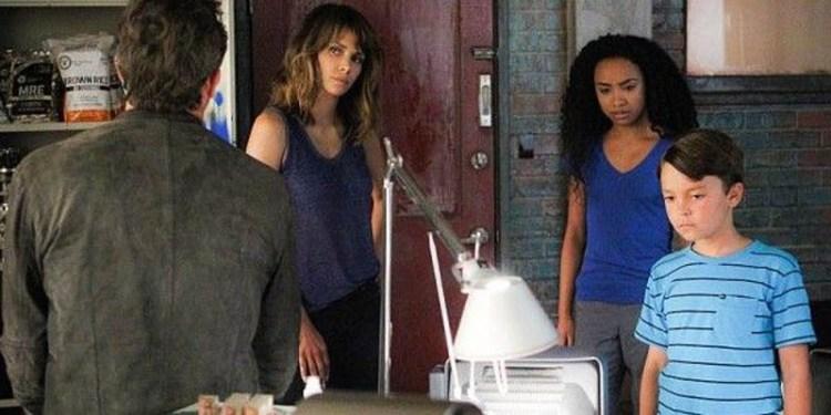 extant-season-2-episode-10-aliens-robots-moms