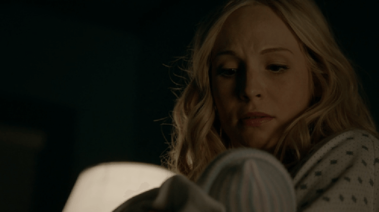 The-Vampire-Diaries-713-caroline-new-babies