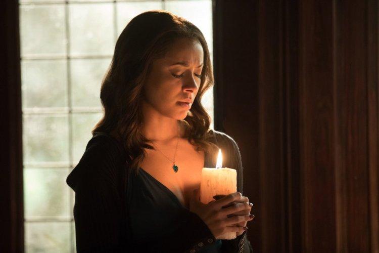 vampire-diaries-season8-ep16-bonnie