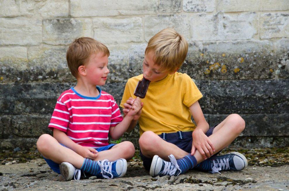 Leer je kind delen met anderen