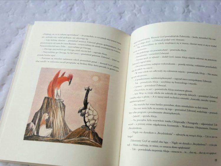 20190629_1557381864011726-767x1024 Przygody Alicji w Krainie Czarów. Nasza Księgarnia LATO 2019