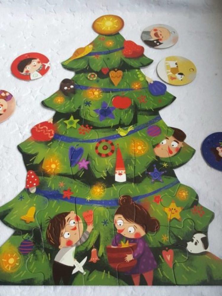 20191126_190142-11567105920-695x1024 BAJKOWE Puzzle i gry, które dzieci kochają od Nasza Księgarnia JESIEN 2019. Pucio, dinozaury, przedszkolaki i  Detektyw Pierre w labiryncie -  pomysły na prezent.