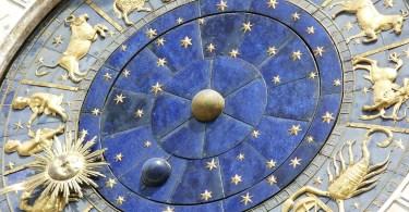 astrolog - horoskop