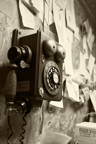 antique phone photo