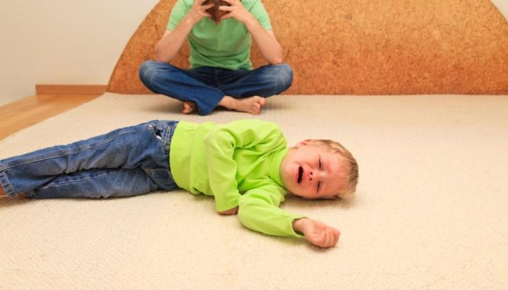 Истерика у ребенка, что делать? Ответы дает детский психолог (Кузьминки).