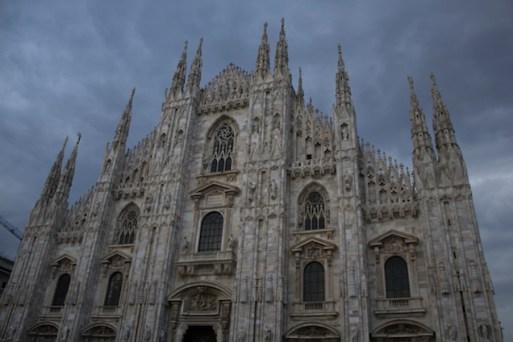 Duomo di Milano, Milão, Itália. Por Packing my Suitcase.