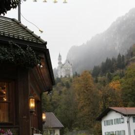 Castelo Neuschwanstein, Alemanha. Por Packing my Suitcase.