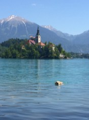 Nadando no Lago Bled