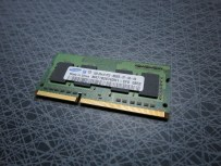 Samsung M471B2874DH1-CF8, 1GB SO-DIMM