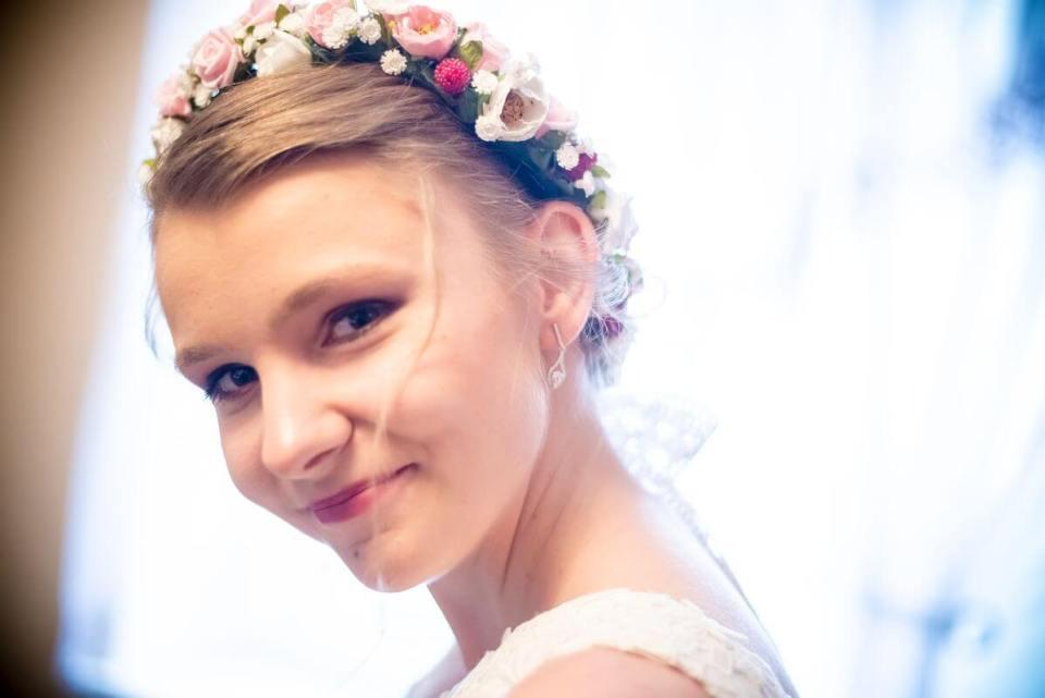 Karolina Wręczycka wianek ślubny ozdoby Ptaszarnia