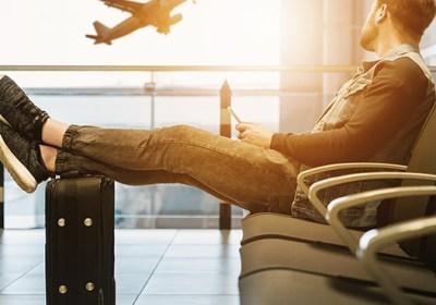 Persona en aeropuerto