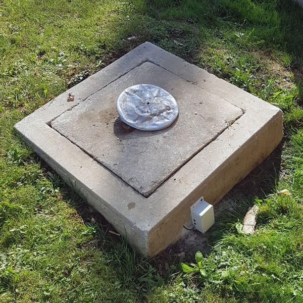Cistern level monitor setup