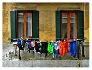 Clothesline Saves Money and Energy