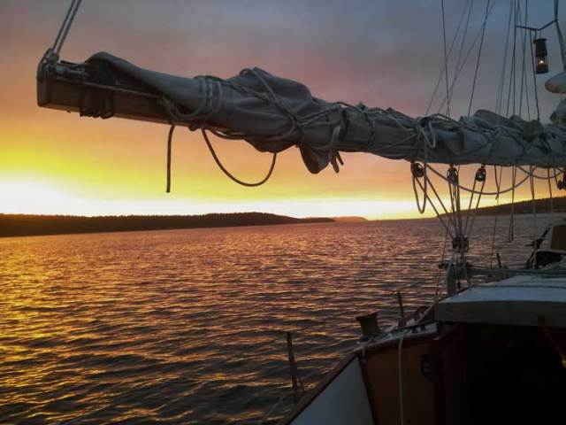The sun sets on the 2014 PTSA sailing season. Image lifted from the http://bethandcodylivethedream.blogspot.com/ site.