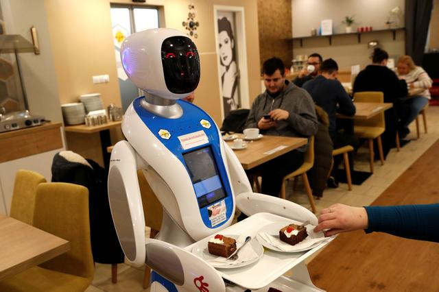 Amazing robots serve food and fun too in Budapest cafe