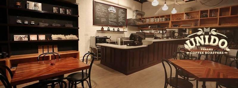 Cafe Unido is located on Calle 79 at the bottom of Edificio Le Mare, Coco del Mar