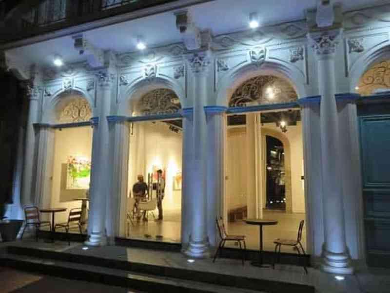 Jeronimo is located on Avenida B and Calle 10, Casco Viejo