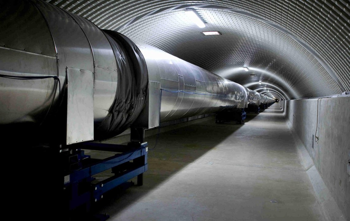 The Virgo north vacuum tube, 1.2 m in diameter, inside its 3 km long tunnel