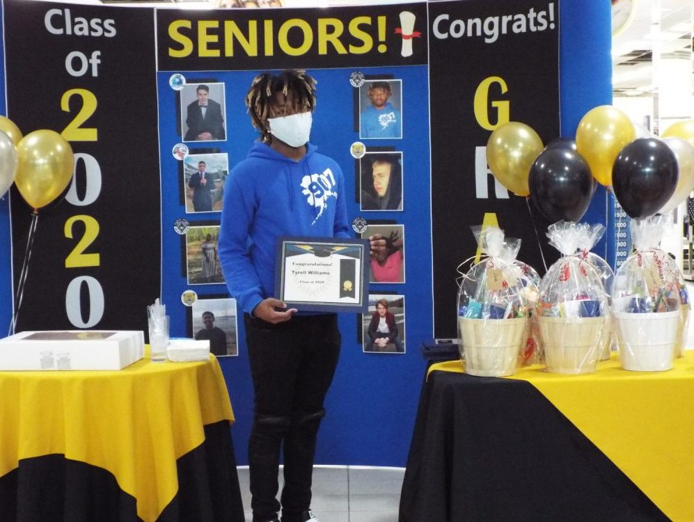 High school seniors honored