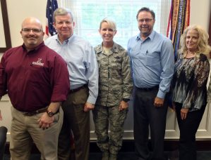 Director/CEO Tom Shull meets with Scott AFB Base Commander Col. Lenderman, along with General Manager Ralph Kleeman, Central Region SVP Ken Brewington and Regional VP Paula Gunderson.