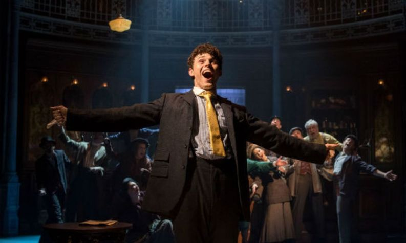 HALF A SIXPENCE - West End