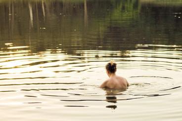 Aquatic Therapy: Can Swimming Help Fibromyalgia?