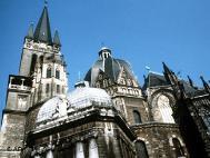 Catedrala din Aachen aparţine patrimoniului UNESCO