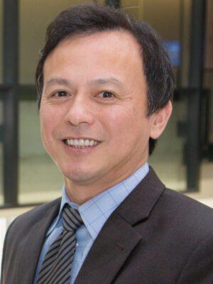 Faculty Headshot for Michael Lu