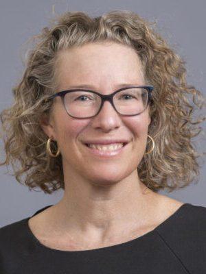 Faculty Headshot for Emily Ozer