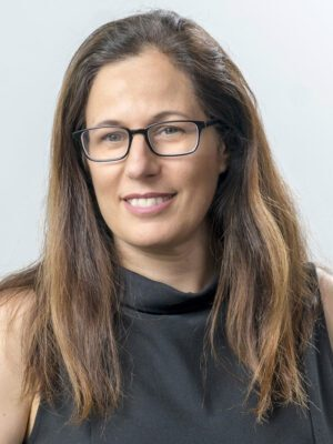Faculty Headshot for Sharon Sagiv