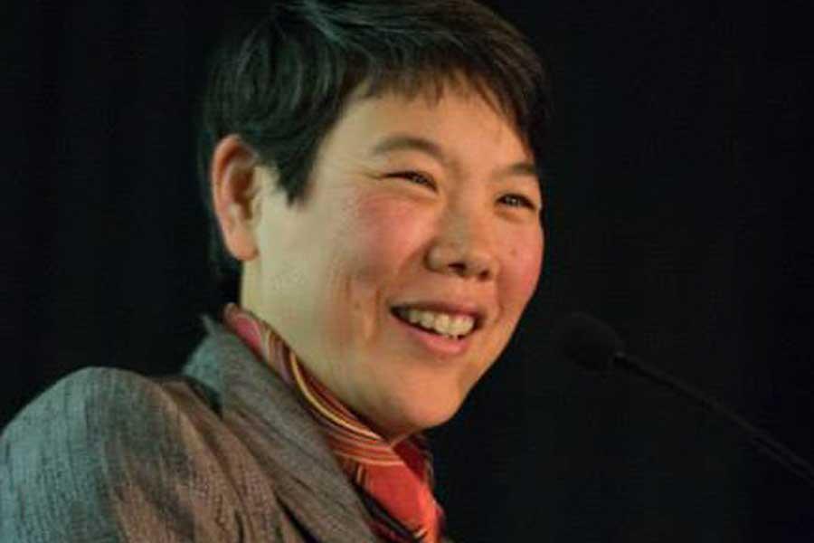 Eveline Shen smiling