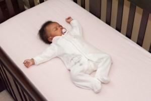 5 PASOS PARA TENER UN ENTORNO SEGURO EN EL QUE DUERMAN LOS INFANTES