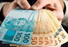 É possível investir no mercado imobiliário com apenas 100 reais