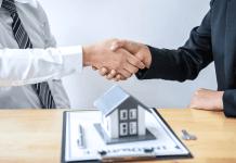 Corretor de imóveis veja como começar 2021 com pé direito nas vendas