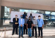 Corretores de imóveis fazem manifestação contra demora na expedição da guia do ITBI