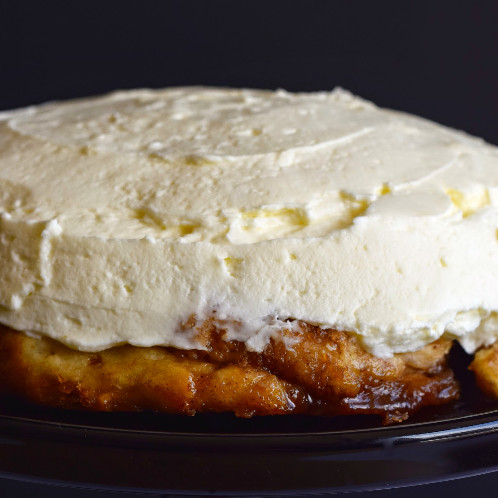 Cinnamon Cream Cheese Butter Cake Middle