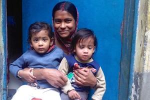 Twins-in-Delhi-inline