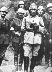 Atatürk with Ottoman military officers during the Battle of Gallipoli, Canakkale, 1915 © Unknown| virtualistanbul.com