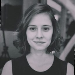 Flávia Leite