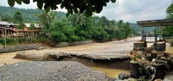 Lokasi Bendungan Cibongas, Desa Kalongliud, Kecamatan Nanggun yang ambrol akibat terjangan air bah (27/05/2021)