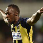 Usain Bolt anota sus primeros dos goles como futbolista profesional