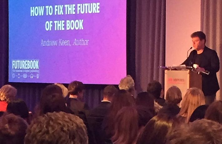 Author Andrew Keen gives the closing keynote at FutureBook 2016. Image: Byte the Book