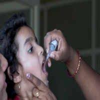 Setki dzieci w Pakistanie hospitalizowanych po podaniu doustnej szczepionki przeciw polio