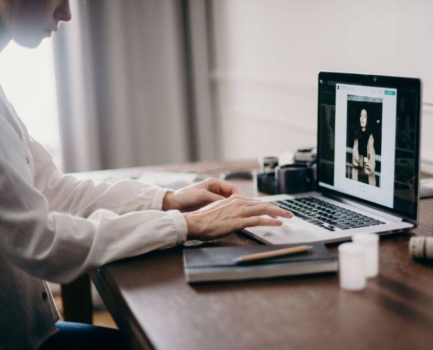 Wieso digitale Produkte als blogger verkaufen