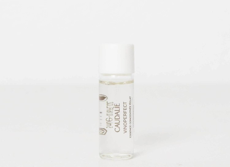 Caudalie - Vinoperfect Concentrated Brightening Essence