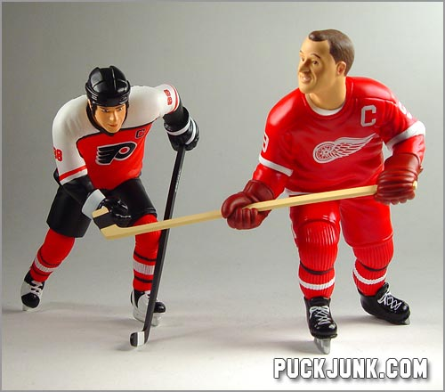 Eric Lindros and Gordie Howe ornaments