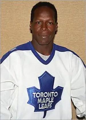 James_Leafs_credit-Graig-Abel