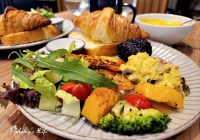 新竹巨城美食│格林小鎮》新鮮麵包出爐.既是早午餐廳又是烘焙店