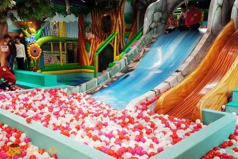 【新竹親子景點】兒童最愛巨城室內遊樂園《騎士堡》桃樂絲的家/新竹堡