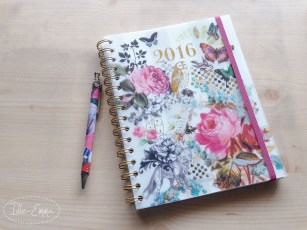 Photo - New (temporary) 2016 Paperchase Planner, a5 size (1)